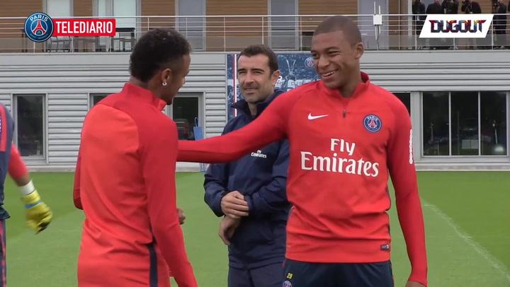 Mbappé Trains With Neymar!