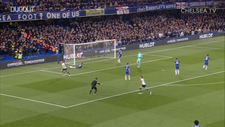 Chelsea fight back vs Spurs, as Leicester seal the title