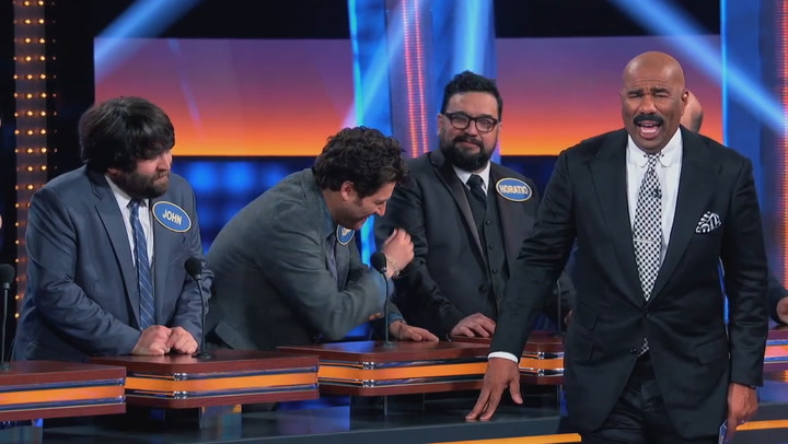 CMERE LIL SQUIRREL! Celebrity Family Feud