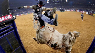 Watch: This Black Hawk pilot turned country singer is now the voice of professional bull riding