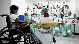 Paciente recuperada de covid-19 acepta casarse tras dar a luz en coma en Colombia