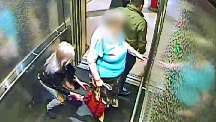 Eldre kvinne loppet for 11.000 kroner i heisen