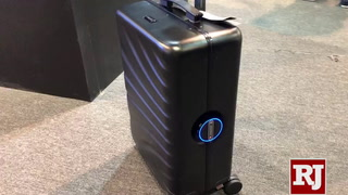 CES 2019: Rover Speed luggage