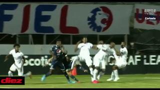 Motagua pierde temprano en el clásico ante Olimpia al delantero Roberto Moreira por una lesión de rodilla