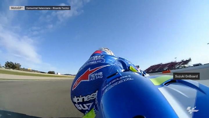 Alex Rins rueda en el Circuit Ricardo Tormo de Valencia