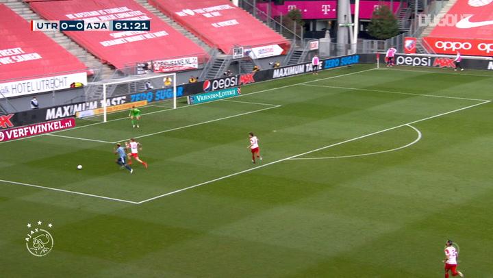 Klaassen volleys home opener in Ajax win at Utrecht