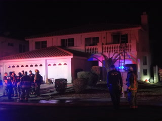 3 injured in Glassy Pond Drive house fire