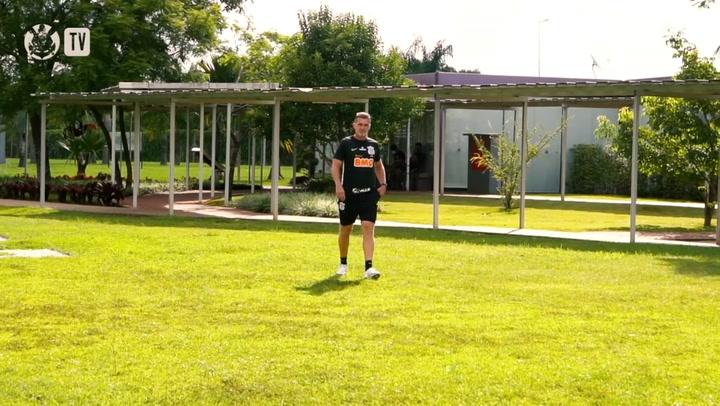 Mancini conversa com grupo antes do clássico contra o Palmeiras
