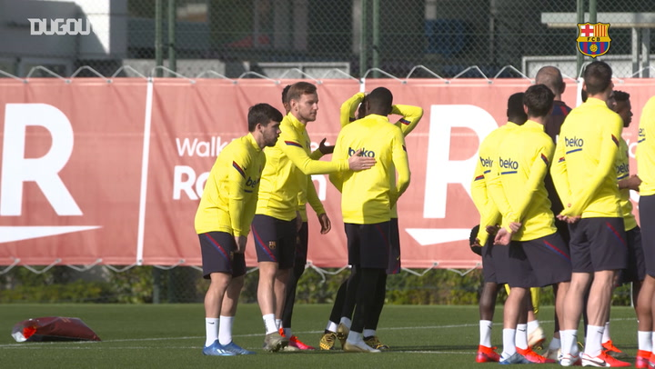 Ousmane Dembélé returns to Barça training
