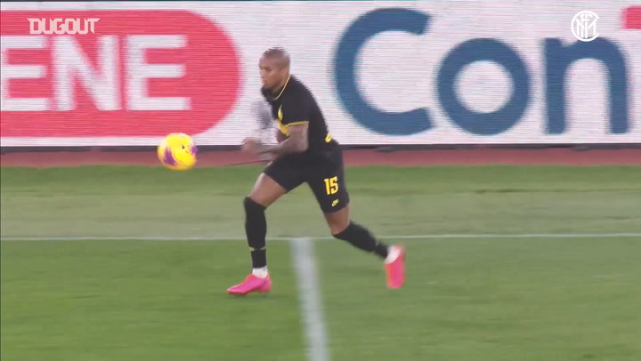 Ashley Young's scores first Inter goal against SS Lazio