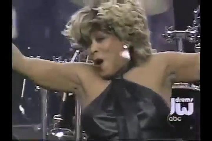 Las mejores actuaciones de la historia de la Super Bowl: Tina Turner (2000)