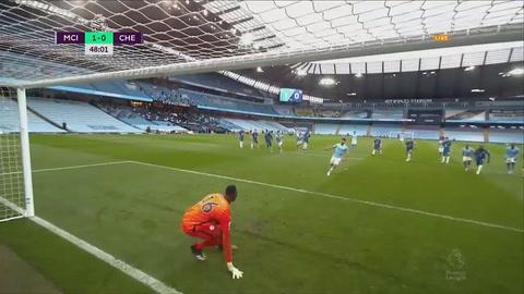 Kun Agüero hace el ridículo fallando un penal a lo Panenka ante Chelsea