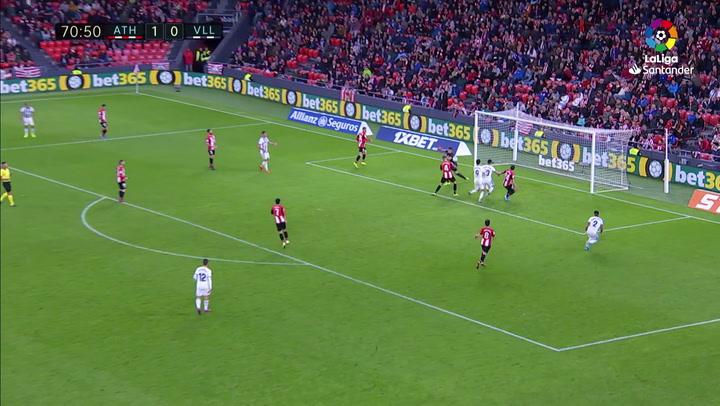 Gol de Iñigo Martínez (p.p.) (1-1) en el Athletic 1-1 Valladolid