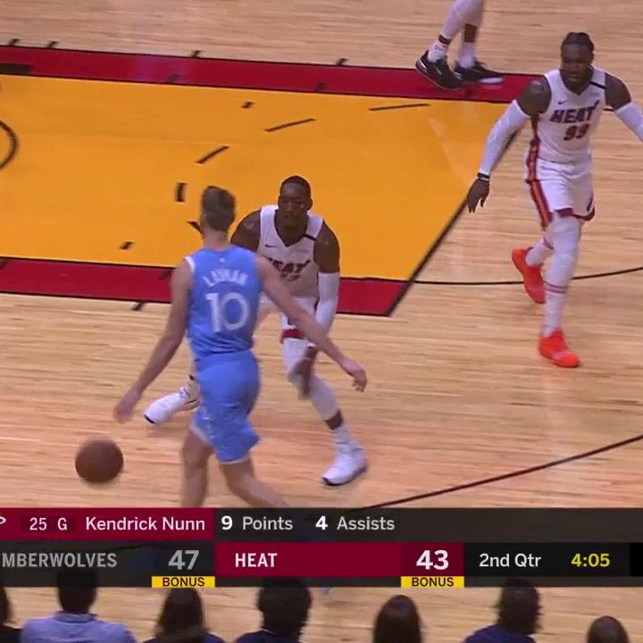 Los diecisiete puntos de Juancho Hernangomez contra los Miami Heat