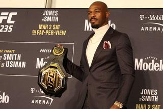 Jon Jones retains light heavyweight belt at UFC 235 – VIDEO
