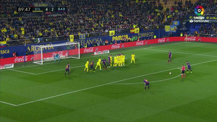 LaLiga. Villarreal-Barça. Gol de falta de Messi (4-3)