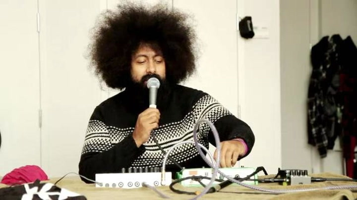 Shows: Carson Daly: Reggie Watts Creates Original Song Live On The Spot For Last Call