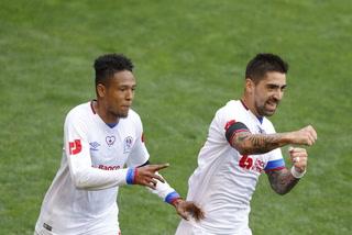 ¡Jugadón! El bonito gol de Altamirano con el que Olimpia se adelantó a Motagua en Nueva Jersey