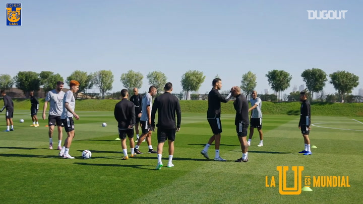 Tigres' rondos in training at the FIFA Club World Cup