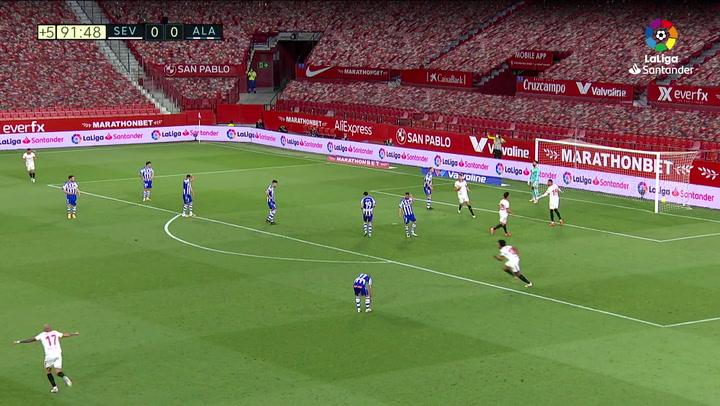 Gol de Papu Gómez (1-0) en el Sevilla 1-0 Alavés