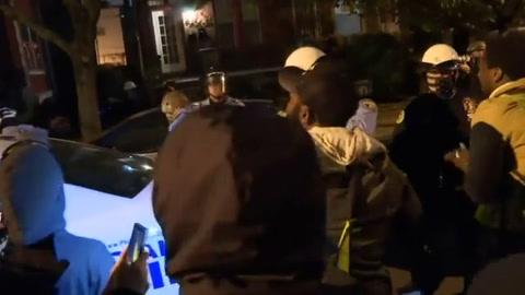 Segunda noche de violencia en Filadelfia tras muerte de hombre negro abatido por la policía