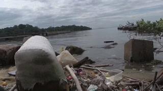 Una marea de basura es la nueva banda sonora de Río de Janeiro y expone el deterioro ambiental