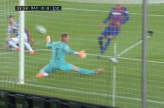 ¡Paradón de Ter Stegen para evitar el primero del Espanyol!