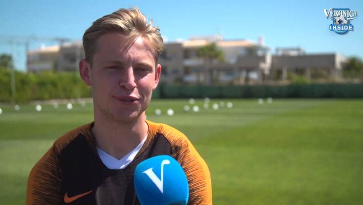 De Jong dice no sentirse aludido por la advertencia de Rakitic