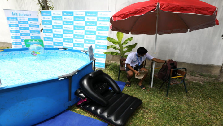 Pandemia de la COVID-19 impulsa la venta de piscinas inflables