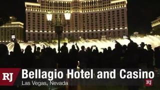 Crowds gather at Bellagio fountains on New Year's Eve – VIDEO