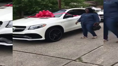 Fichó para la NFL y gastó su primer sueldo en un regalo para su madre