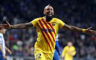 Barcelona ya está venciendo al Valladolid con un golazo de Arturo Vidal