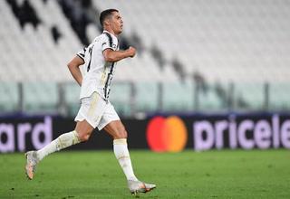 ¡Siempre aparece! El doblete de Cristiano Ronaldo ante Lyon, el segundo un golazo de larga distancia
