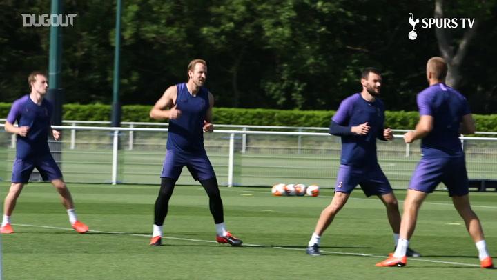 Jose Mourinho oversees training, as Spurs eye Premier League return