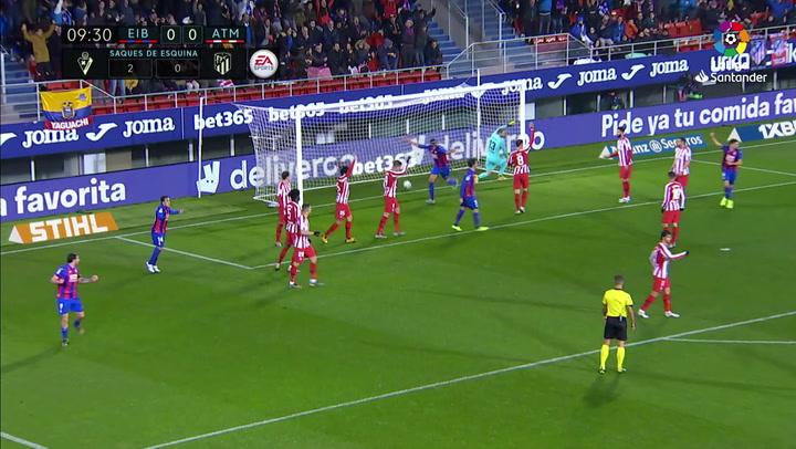 Gol de Esteban Burgos (1-0) en el Eibar 2-0 Atlético