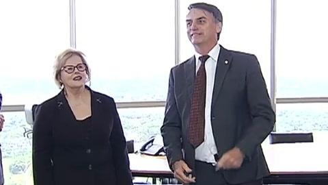 Bolsonaro nombra a un general para comandar Defensa