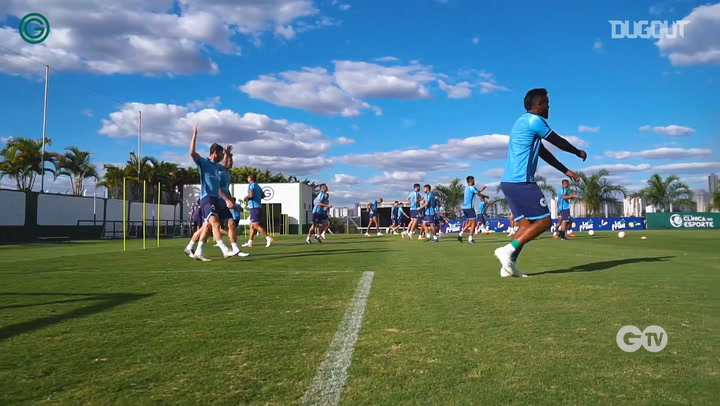 Goiás put through their paces at training session