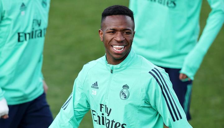 Todo listo en el vestuario del Real Madrid para recibir al City