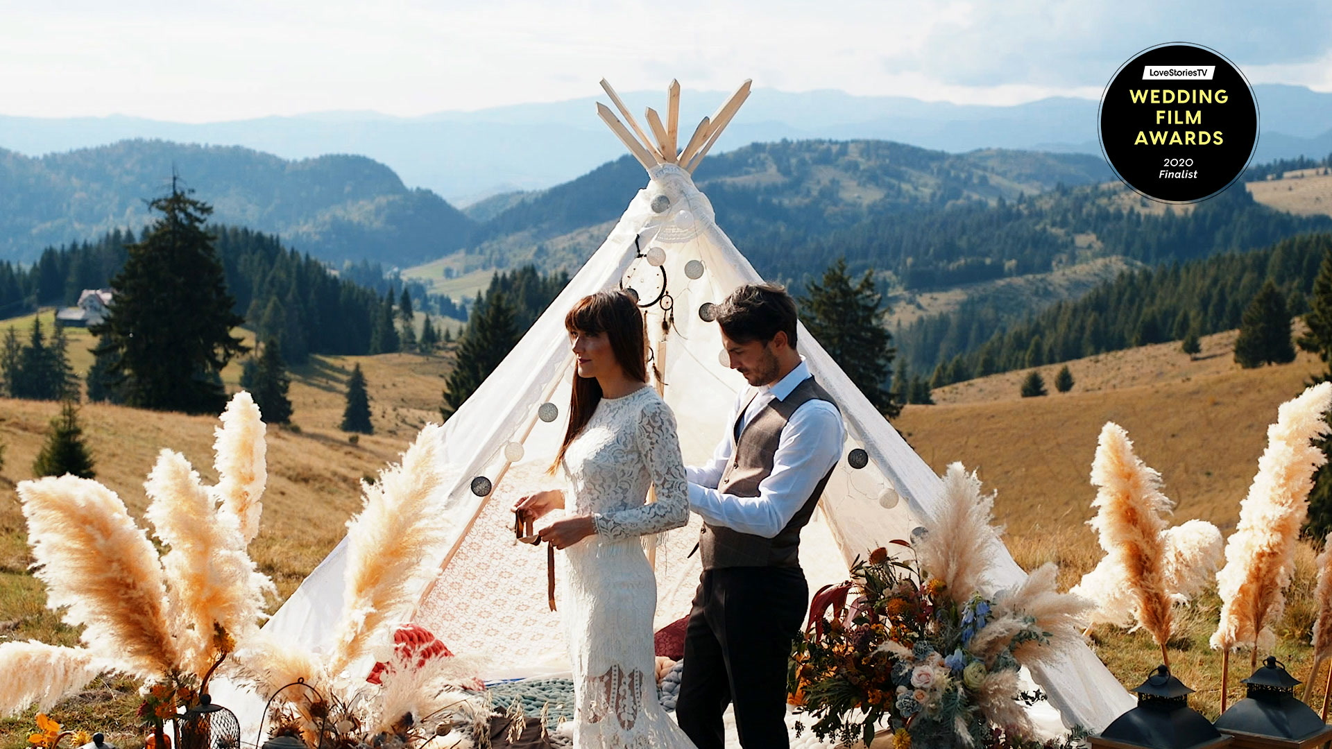 Denisa + Ruben | Romania, Romania | Transylvanian Mountains