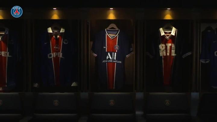 El París Saint-Germain presenta su nueva camiseta