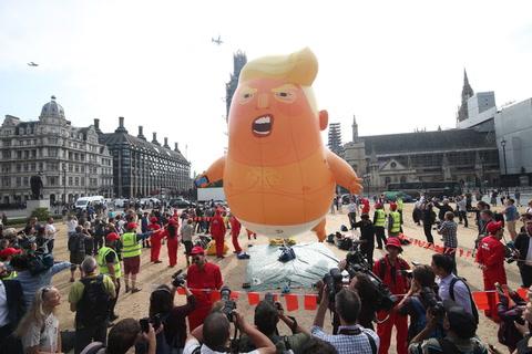 Un inflable de Donald Trump en contra de su visita a Londres