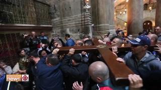 Miles de peregrinos recrean el vía crucis en Jerusalén