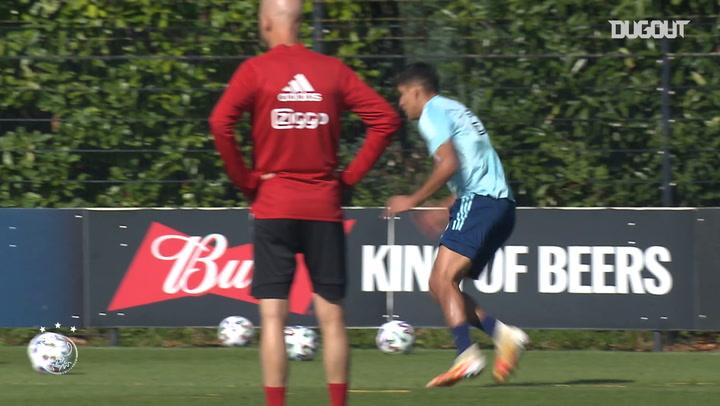 Edson Álvarez on playing in midfield for Ajax