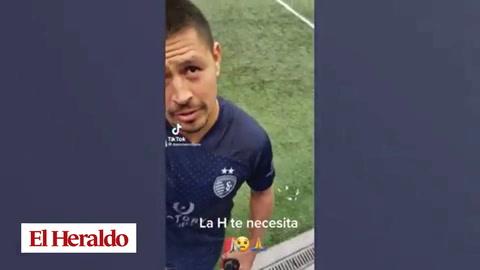 La dura respuesta de Roger Espinoza con aficionado que le pidió volver a la Selección