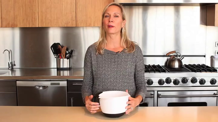 Preview image of OXO Batter Bowl video