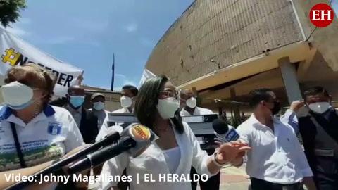 CNA presenta más 15 mil firmas de hondureños al Congreso Nacional para derogación de las ZEDE