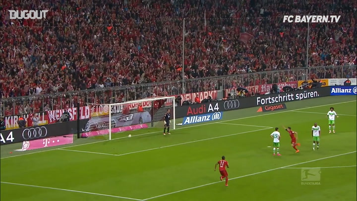 Incredible Goals: Robert Lewandowski Vs Wolfsburg