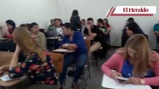 Más de 22 mil maestros realizan hoy examen para optar a plaza