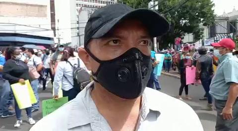 Maestros protestan frente al Congreso Nacional por su permanencia laboral