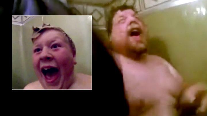 Sønnen tok en nådeløs dusjhevn